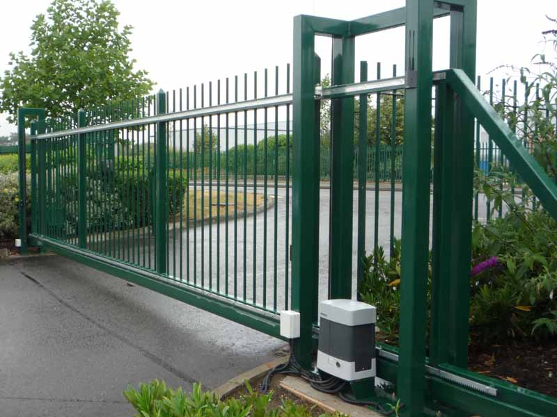 Commercial Gates