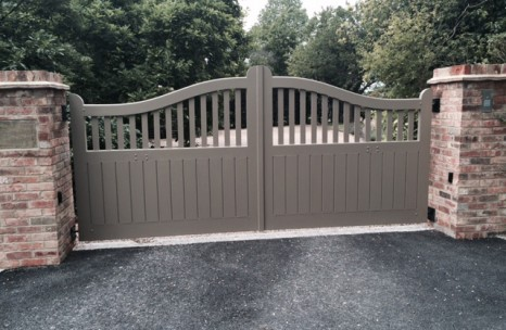 Aluminium painted gates