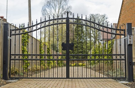 Arch top steel gates