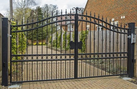 Automated arch top steel gates